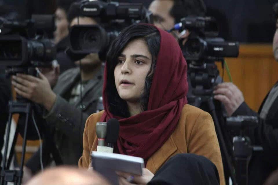 نجوا عالی - کسب یک جایزه بین المللی توسط بانوی خبرنگار افغان