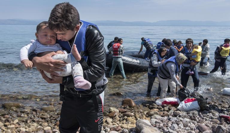 پناهجو - آواره گی 25 هزار تن از پناهجویان در جزایر یونان