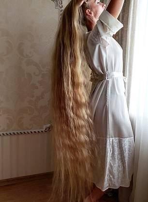 آلنا کراوچنکو3 - تصاویر/ این دختر زیبا 28 سال موهایش را کوتاه نکرده است!