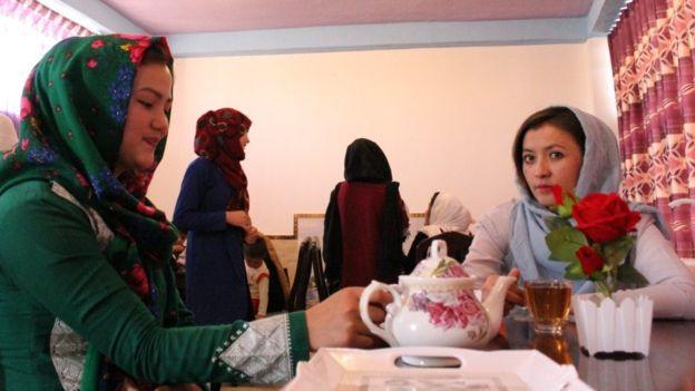 کافه زنان 5 - کافه زنان در غزنی + تصاویر