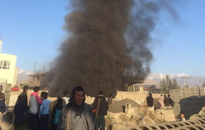 آتش سوزی کابل 1 - تصاویر/ آتش سوزی تانک تیل ورس پترولیم در غرب شهر کابل