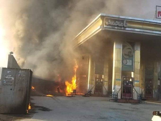 آتش سوزی کابل 5 - تصاویر/ آتش سوزی تانک تیل ورس پترولیم در غرب شهر کابل