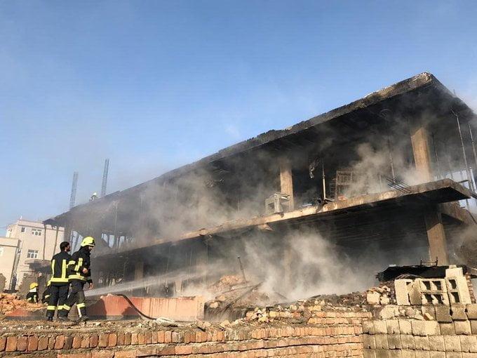 آتش سوزی کابل 6 - تصاویر/ آتش سوزی تانک تیل ورس پترولیم در غرب شهر کابل