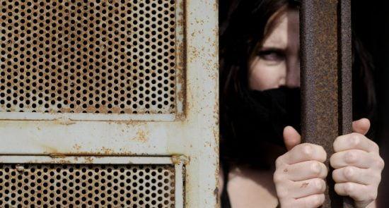 زندان 550x295 - زندانی که در آن زنان هر شب به کرایه داده می شوند!