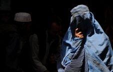 زن 1 226x145 - تصاویر/ رهایی یک دختر از بند اختطافگران در تخار