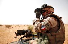 فرانسه عسکر 226x145 - کشته شدن 13 نظامی فرانسوی در مالی