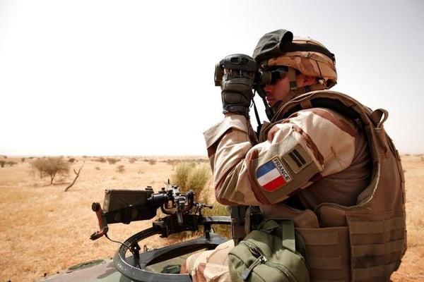 فرانسه عسکر - کشته شدن 13 نظامی فرانسوی در مالی