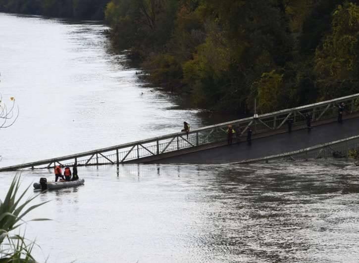 پل 3 - تصاویر/ ریزش مرگبار پل معلق در فرانسه
