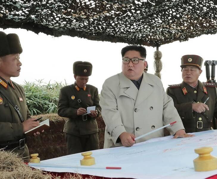 کیم جونگ اون 1 - تصاویر/ دیدار رهبر کوریای شمالی با عساکر زن اردوی ملی
