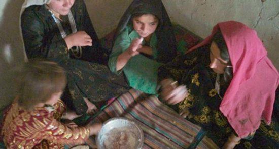 poverty 550x295 - کمک فوری غذایی بیش از ۱۰ میلیون نفر در کشور