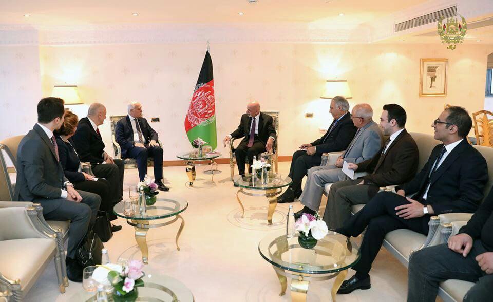 اشرف غنی سلیمان سیلیف  - دیدار رییسجمهور غنی با رییس بورد روابط اقتصادی خارجی ترکیه