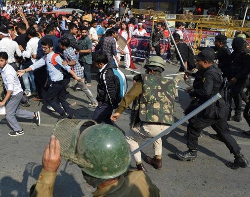 اعتراضات مسلمانان در هند 11 - واکنش پاکستان به کشتار مسلمانان در هند