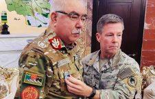 جنرال دوستم  226x145 - مدال میلر بر سینه دوستم، آیا جنرال خریدنی است؟