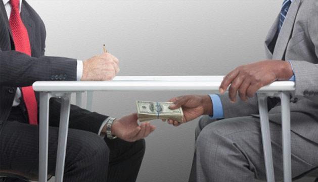 رشوه1 - پرداخت مبالغ کلان رشوه به اعضای کمیسیون انتخابات