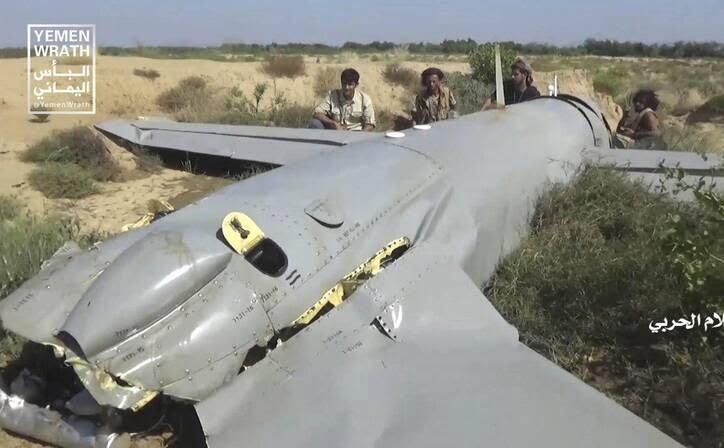 طیاره بی پیلوت سعودی 4 - تصاویر/ سقوط طیاره بی پیلوت سعودی