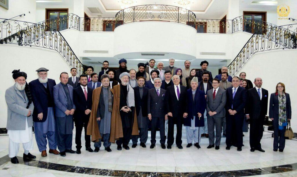 عبدالله خلیلزاد 1 1024x612 - تصاویر/ دیدار خلیلزاد با ریاست اجرایی کشور