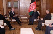 اشرف غنی راس ویلسون 226x145 - آرزوی موفقیت رییس جمهور غنی برای شارژدافیر جدید سفارت ایالات متحدۀ امریکا در افغانستان