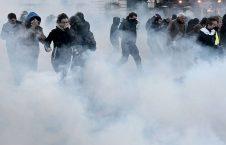 فرانسه تظاهرات 1 226x145 - تصاویر/ اعتراض گسترده مردم فرانسه به سیاست های مکرون