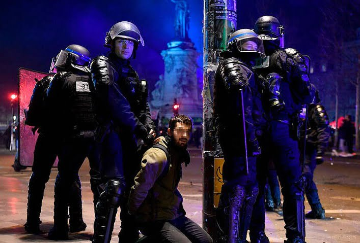 فرانسه تظاهرات 5 - انتقاد نماینده گان پولند از برخورد مستبدانه پولیس فرانسه با معترضان