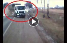 ویدیو تصادف وحشتناک لاری موتر 226x145 - ویدیو/ تصادف وحشتناک لاری با دو موتر