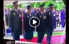 ویدیو خنده افسر پولیس افریقا جنوبی 226x145 - ویدیو/ حرکات خنده دار افسران ارشد پولیس افریقای جنوبی
