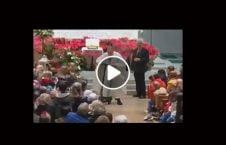ویدیو رفتار عجیب کشیش کلیسا 226x145 - ویدیو/ رفتار عجیب یک کشیش در کلیسا