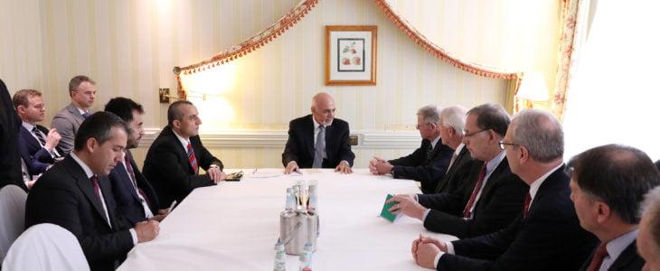 اشرف غنی اعضای مجلس سنا - دیدار رییس جمهور غنی با رییس مجلس نماینده گان ایالات متحده امریکا