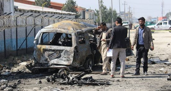 انفجار 550x295 - آیا مشکل افغانستان با کاهش خشونت حل میشود؟