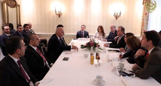 غنی پلوسی 550x295 - دیدار رییس جمهور غنی با رییس مجلس نماینده گان ایالات متحده امریکا