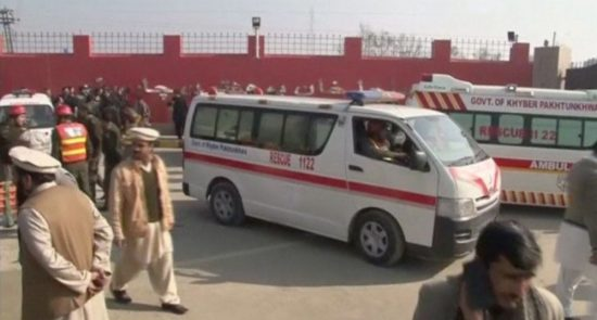 پاکستان امبولانس 550x295 - وقوع یک انفجار تروریستی در پاکستان