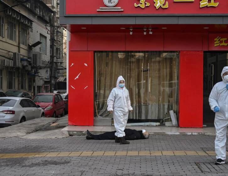 کرونا چین جسد 1 - شمار قربانیان ویروس کرونا افزایش یافت