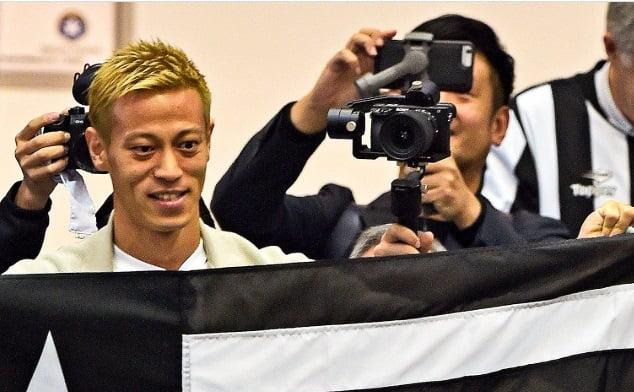 کیسوکه هوندا - استقبال گسترده از ستاره جاپانی در برازیل