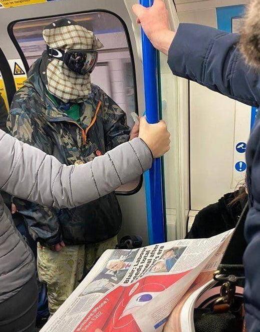 بریتانیا کرونا 4 - تصاویر/ وحشت باشنده گان بریتانیا از شیوع ویروس کرونا