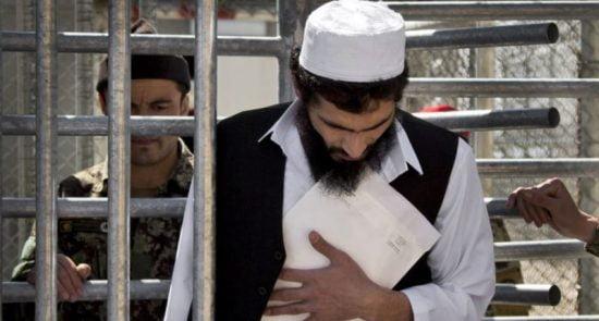 طالب زندان 550x295 - تنش میان کابل و واشینگتن بر سر آزادی 5 هزار زندانی طالبان