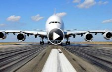 ویدیو هماهنگی دو طیاره باند 226x145 - ویدیو/ هماهنگی عجیب بین دو طیاره در یک باند