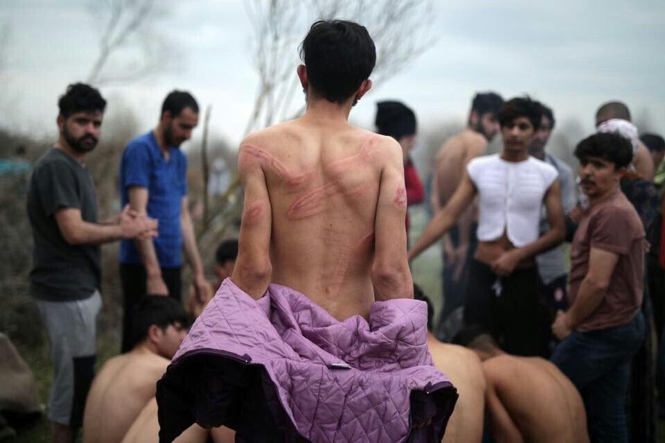 پناهجویان یونان 1 - تصاویر/ برخورد غیر انسانی پولیس یونان با پناهجویان
