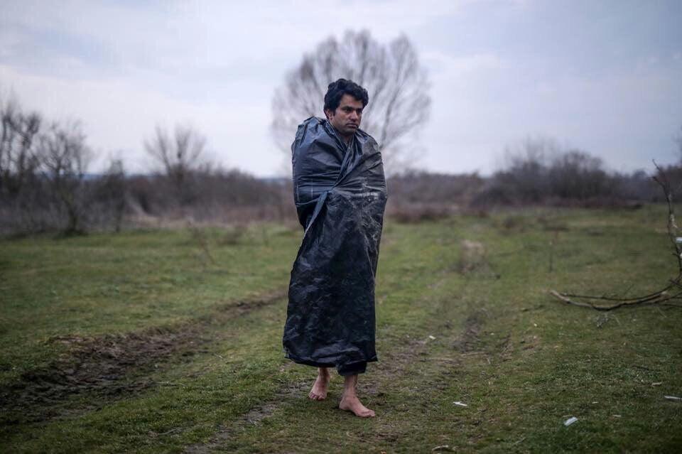 پناهجویان یونان 4 - تصاویر/ برخورد غیر انسانی پولیس یونان با پناهجویان