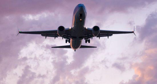 طیاره 550x295 - انتقال صدها باشنده افغان از هند به کابل