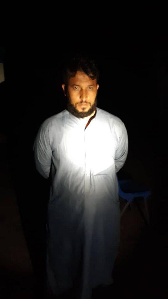 داعش در کنر 1 576x1024 - تصاویر/ عضو مهم شبکه استخباراتی گروه داعش در کنر دستگیر شد