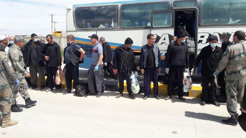 زندانی افغان ترکمنستان 3 - تصاویر/ عفو ۱۲۶ تن از زندانیان افغان در ترکمنستان به مناسبت عید سعید فطر