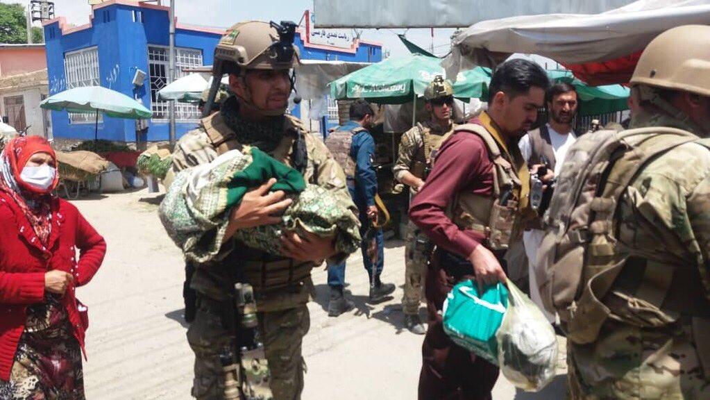 شفاخانه داکتران بدون سرحد کابل 9 - صلحی که دودش به چشمان زنان و اطفال بی گناه افغان می رود