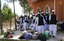 طالبان از زندان پلچرخی 4 226x145 - تصاویر/ رهایی ۱۰۲ زندانی دیگر طالبان از زندان پلچرخی