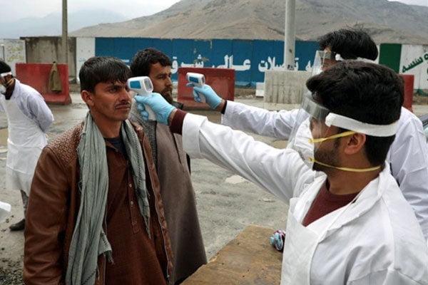 کرونا - افزایش آمار مبتلایان به کرونا در افغانستان؛ شمار مجموعی بیماران به ۴۰۳۳ تن رسید