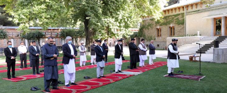 اشرف غنی نماز جنازه - تصویر/ مراسم نماز جنازه غایبانه مرحوم محمد یوسف غضنفر در ارگ
