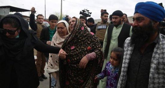 سیک 550x295 - اعطای شهروندی هند به بازمانده گان حمله به عبادتگاه سیکها در کابل