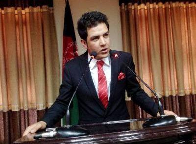 فریدون خوزون 400x295 - درخواست شورای عالی مصالحه از حکومت و طالبان