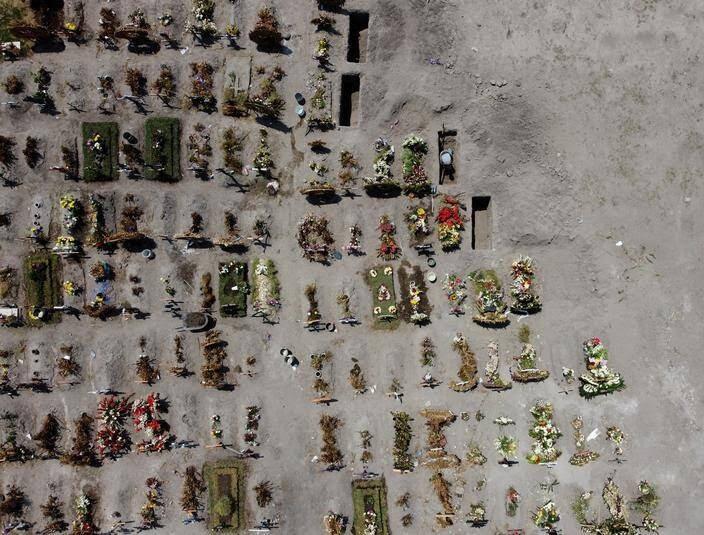قبرستان کرونا مکزیک - تصویر/ قبرستان کروناییها
