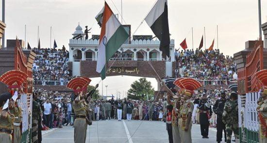 پاکستان هند 550x295 - بازگشایی مجدد سرحد واگا از سوی حکومت پاکستان