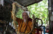 انگوین وان چین 6 226x145 - داستان عجیب پیرمردی که ۸۰ سال موهایش را کوتاه نکرده است! + تصاویر