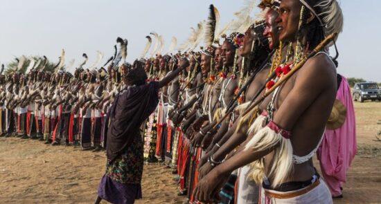 قبیله زیبا آفریقا5 550x295 - قبیله ای که خود را زیباترین مردمان دنیا می دانند! + تصاویر